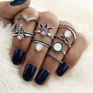 Jewelry - Silver Toned Midi Knuckle Ring Set